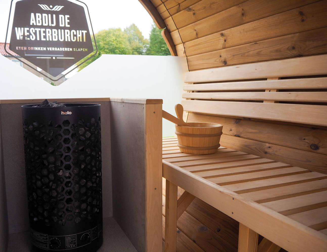 Klosterzimmer mit einer privaten Sauna und Terrasse
